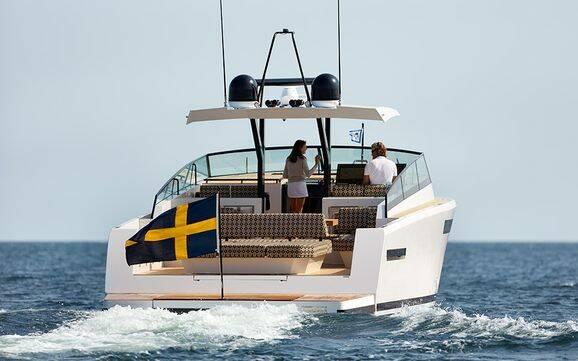 Bilder: Här är svenska Deltas nya lyxåk i kolfiber