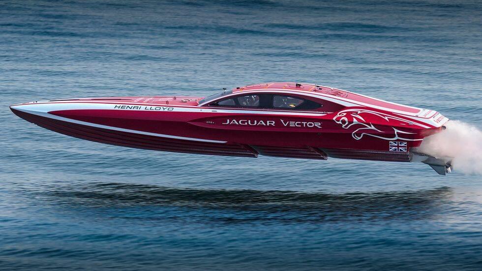 Här är svenska designteamets nya superbåt – i samarbete med Jaguar