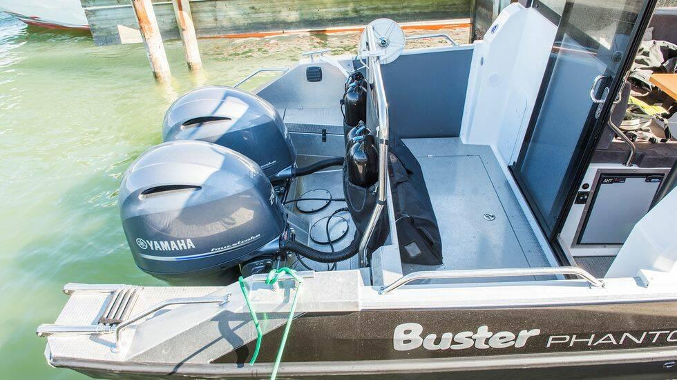 Test: Busters nya monsterbåt – så bra är hyttversionen