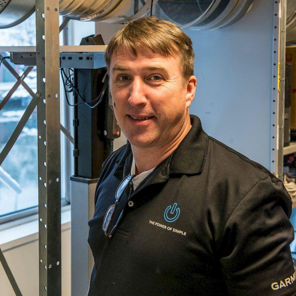 Följ med till Garmins svenska uppfinnarverkstad