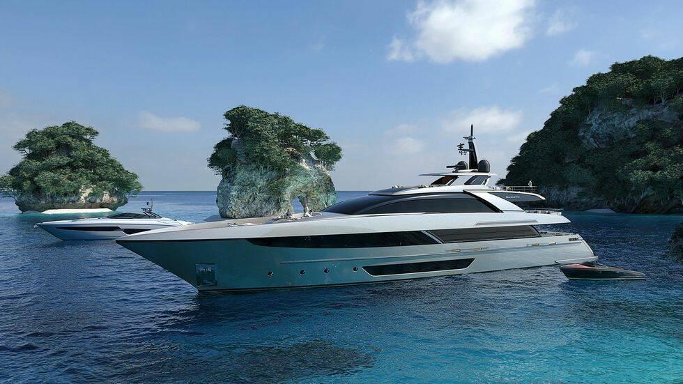TV: Här byggs Rivas största super yacht hittills