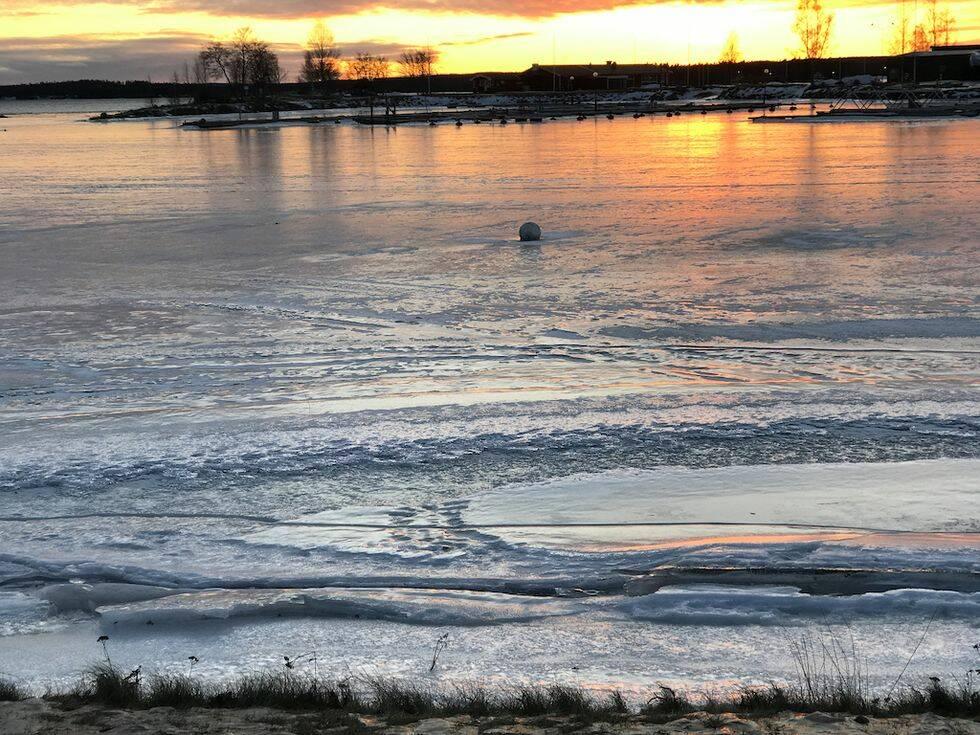 Så fungerar det: Låt båten ligga kvar i vattnet över vintern
