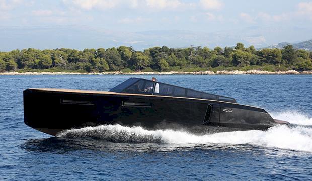 TV: Evo 40 - transformerbåt med hopptorn