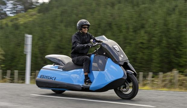 TV: Här är världens första amfibiemotorcykel