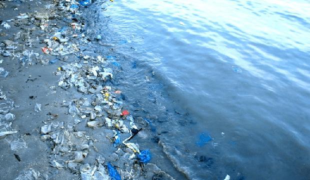 Fem länder bakom 60 procent av all plast i haven