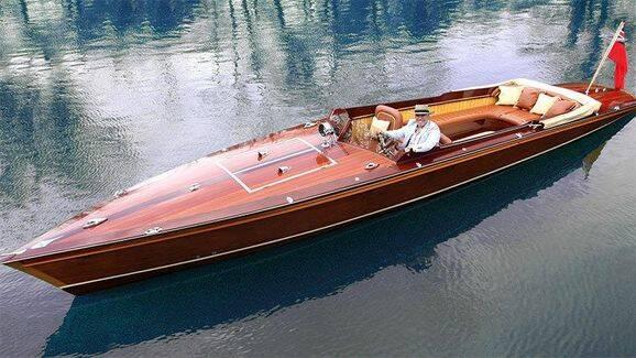 Bilder: Kolla in bildesignerns superbåt i trä