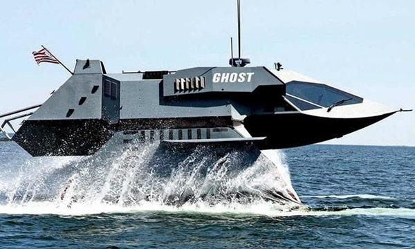 "TV: Nu kan ""Star Wars""-båten bli din"