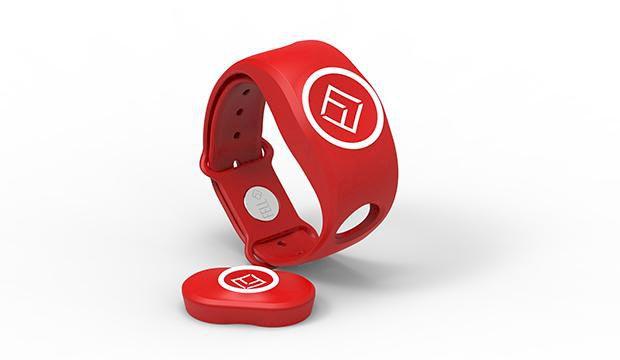 Här är armbandet som räddar dig i en nödsituation