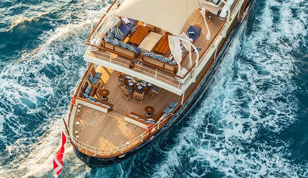 TV: Den klassiska yachten totallurar ögat