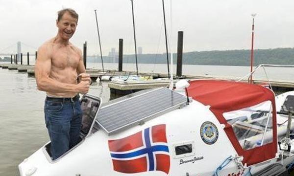 Norsk atlantroddare räddad från storm