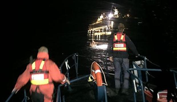 Seglare blev räddade av kryssningsfartyg