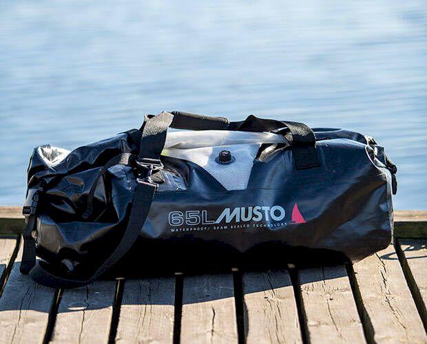 Test: Detta är bästa vattentäta väskan