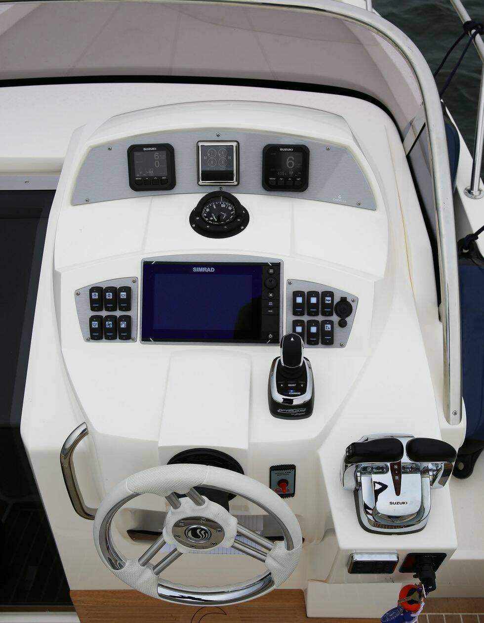 Nya joystickstyrningen för mindre motorer