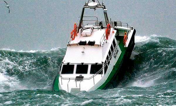 Vattenskotrarna - båtlivets räddning?