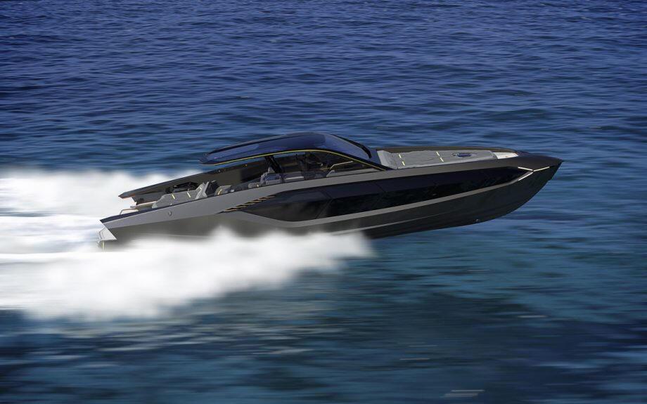 Lamborghinis första superbåt sjösatt